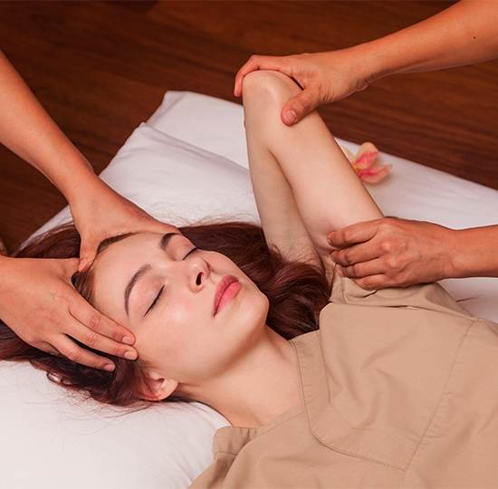 Thai massage 4 hands