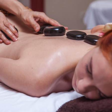 Stone massage - Photo 1