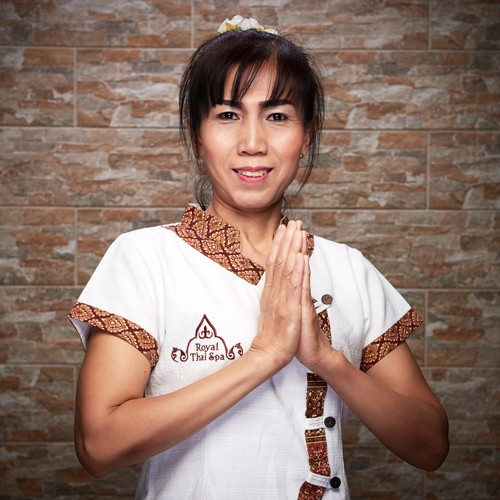 Sau - master of Thai massage - Royal Thai Spa